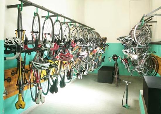 Hotel Rosengarten : Ricovero attrezzato biciclette