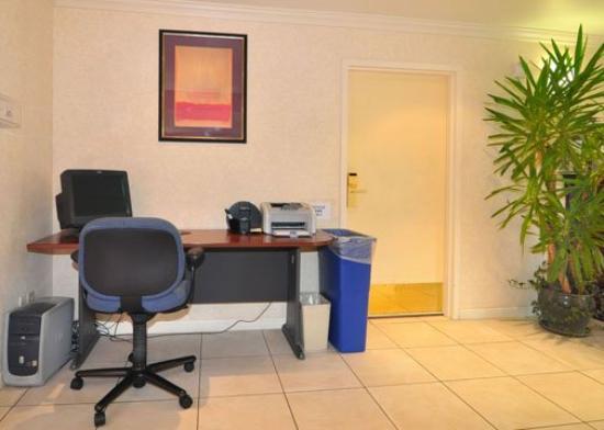 Comfort Inn : Business Center