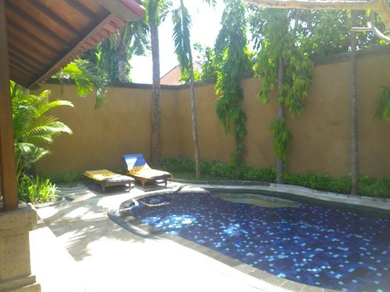 Parigata Spa Villas: melaty suits
