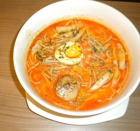 Re!Fill Restaurant: Abalone Laksa