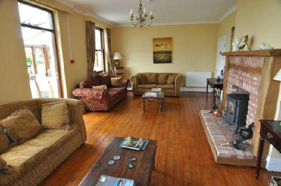 St. Lawrence Country Guest House: Large comfortable Guest Lounge