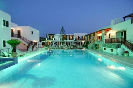 Contaratos Beach Swimming pool 1