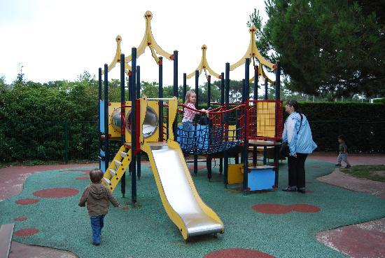 Pierre & Vacances Village Club Port-Bourgenay : aire de jeux