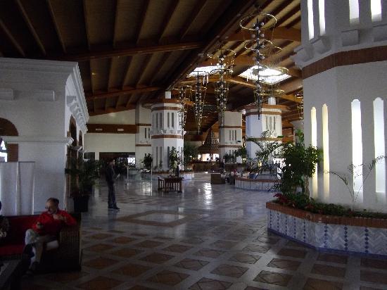 H10 Rubicón Palace: une partie du hall d'entrée