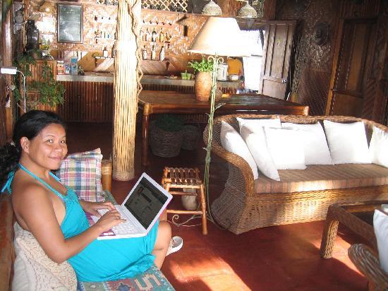 Sumisid Lodge : Aufenthaltsraum mit Internet
