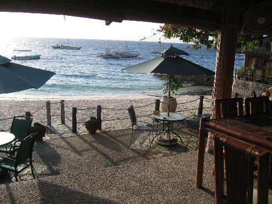 Sumisid Lodge : Essen direkt am Strand