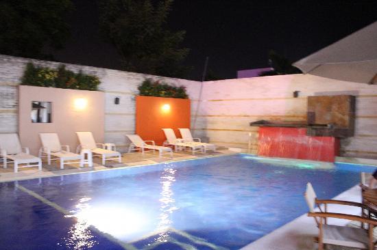 Santorini Hotel Boutique Santa Marta: Piscina principal Santorini Resort