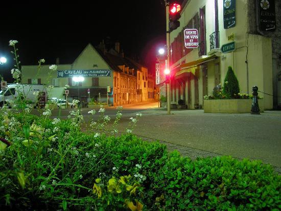 Restaurant Place Nuits St Georges