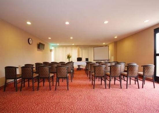 All Star Lodge San Bernardino: Meeting Room -OpenTravel Alliance - Meeting Room-