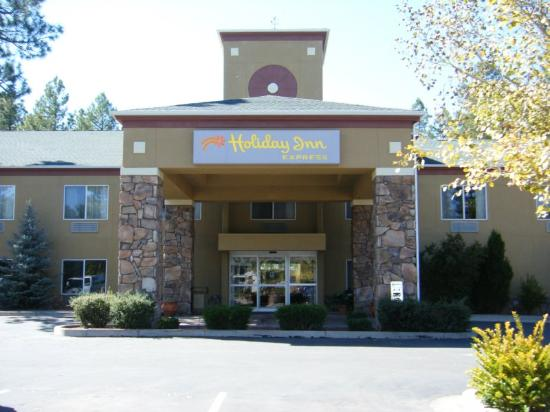 Welcome To The Holiday Inn Express Pinetop Hotel