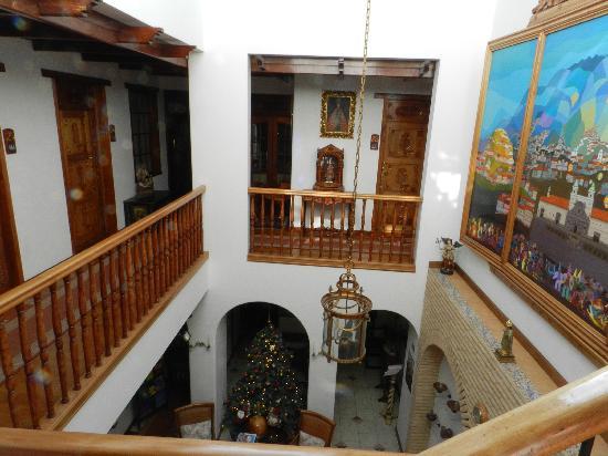 Hotel El Relicario del Carmen: Looking down to reception.