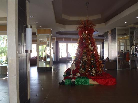 Hotel Riu Naiboa: Xmas Lobby