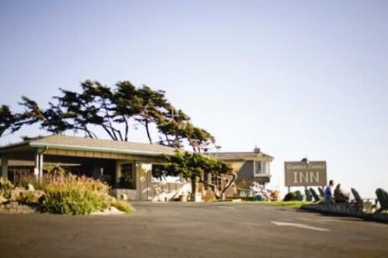 Cambria Shores Inn: Exterior