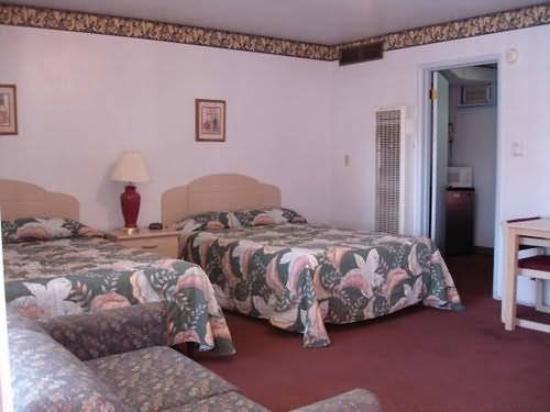 Paradise Inn: Guest Room