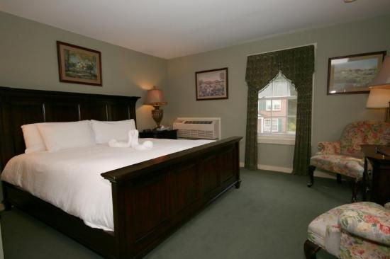 The Stowe Inn: Guest Room