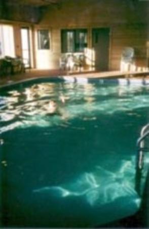 De Smet Super Deluxe Inn & Suites: Pool