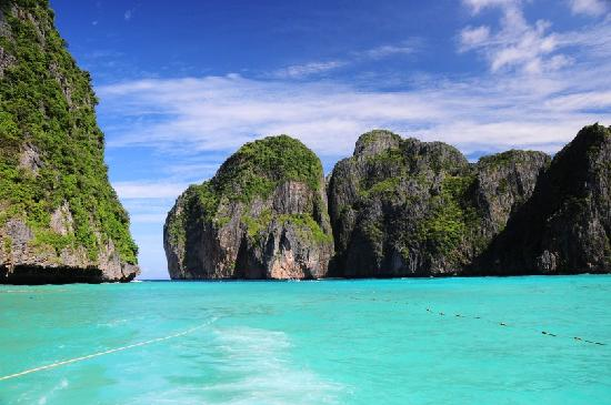 Ko Phi Phi Don, Tailandia: Maya Bay on route to Phi Phi Island