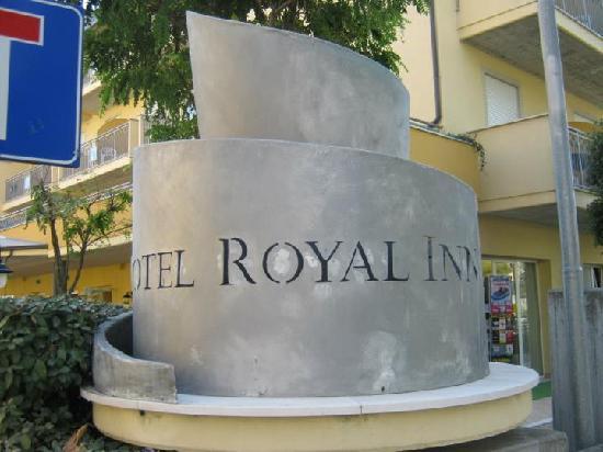 Hotel Royal Inn: royal inn ingresso
