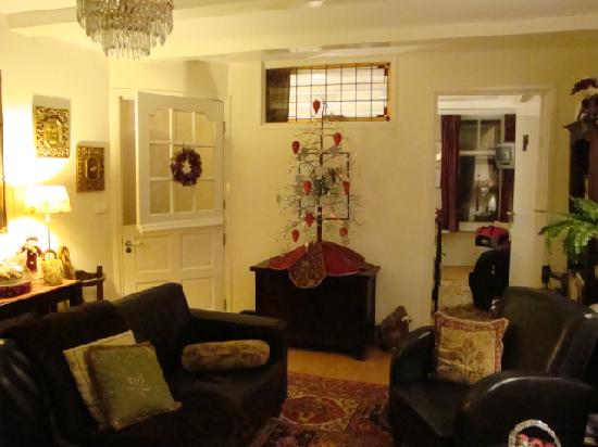 Boogaard's Bed and Breakfast: Living room