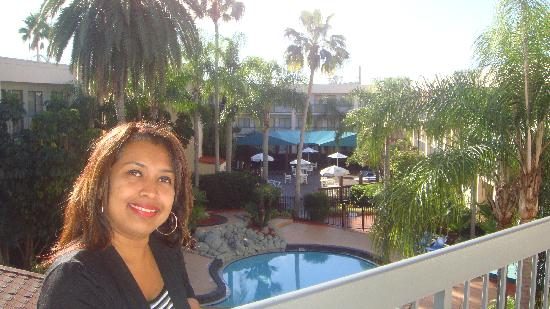 Baymont Inn & Suites Tampa Near Busch Gardens: my wife by the pool