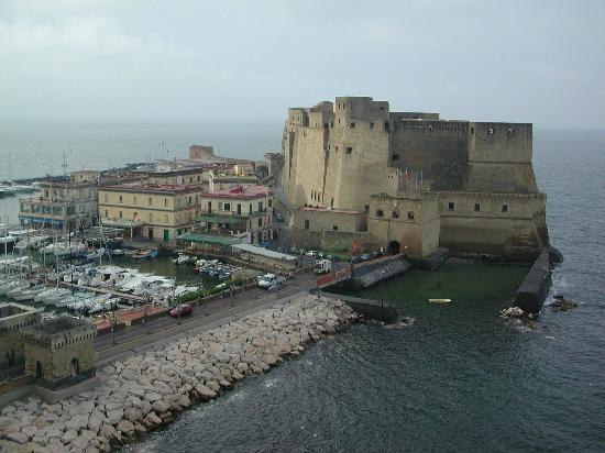 Centro Storico : Castel dell'Ovo