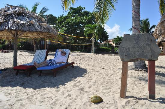Belizean Dreams Resort: beach