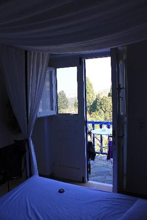 Lefkes Village Hotel: notre chambre au 1er étage