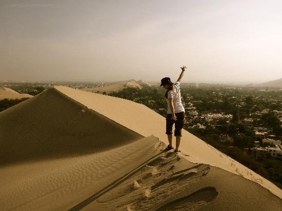Hotel Villa Jazmin: Sand Dune right outside our hotel