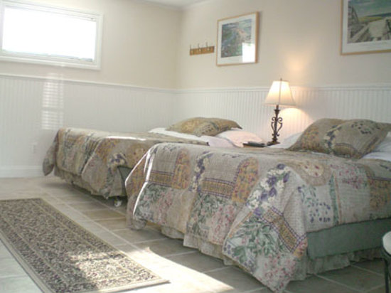 Westhampton SeaBreeze Motel: Our immaculate guest rooms.