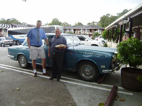 Golden Chain Lilydale Motor Inn: The Boss with his car.