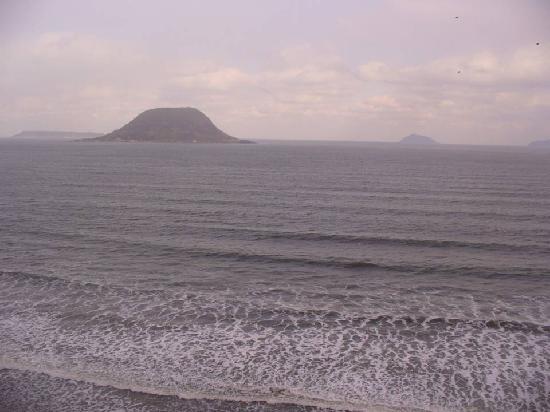 Nijino Matsubara: 虹の松原からみえる高島