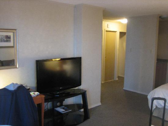 Chateau Victoria Hotel and Suites: jr suite