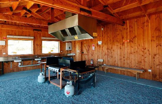 Mount Cook Glentanner Park Centre: BBQ Pavilion