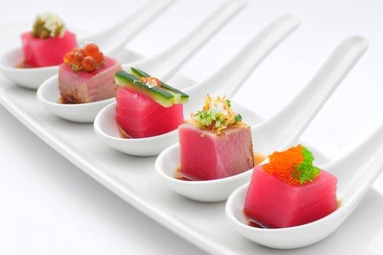 OSAKA : 5 spoon tuna selection