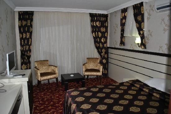 Lara Park Hotel: suite room