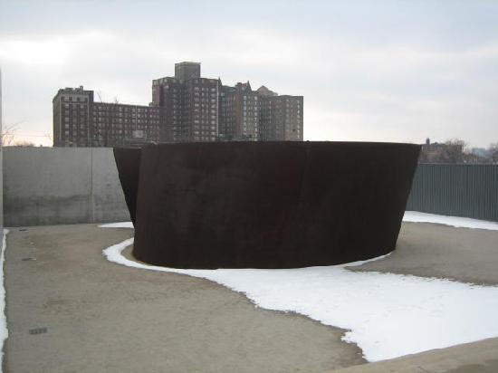 """Pulitzer Arts Foundation: Serra sculpture, """"Joe"""""""