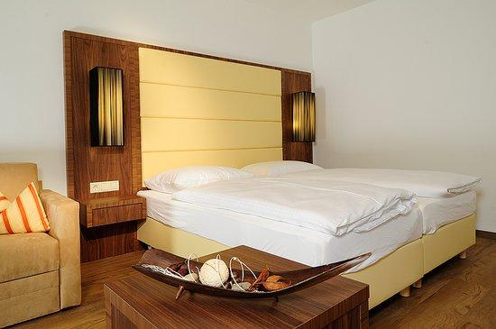 Hotel Kapeller Innsbruck: Das Zimmer / The Room