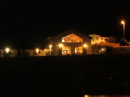 Heydalur Guesthouse: evening view
