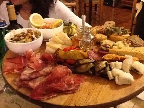 Torgiano, Itália: antipasto