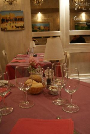 La Clef des Champs : La bellissima tavola rosa!