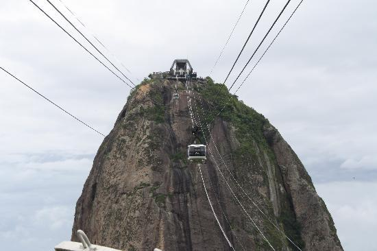 Lisa Rio Tours: Cableway up to the top of Sugar Loaf