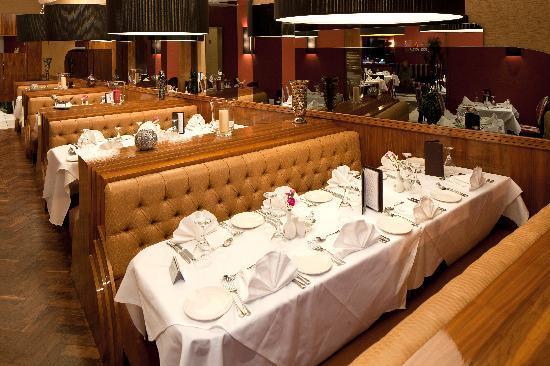Jashans Restaurant: Jashans booth room