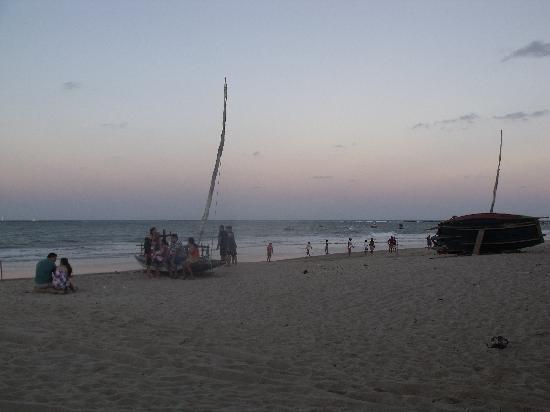 Pousada Chez Roni: la spiaggia davanti alla posada
