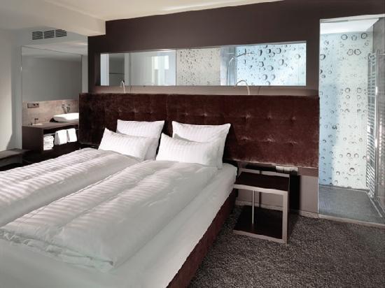 Saks urban design hotel bewertungen fotos for Design hotel pfalz