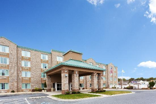 Holiday Inn Express Bethany Beach: Exterior