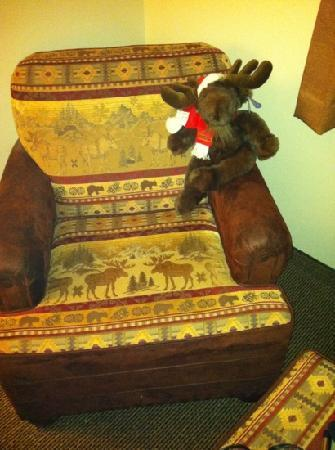Stoney Creek Hotel & Conference Center - Wausau: moose doll greets you in the room