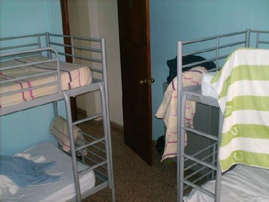 Residencia Malaga Backpackers: Chambre de 4