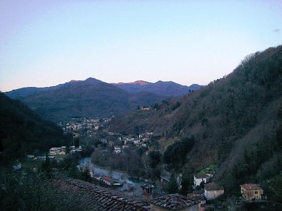 Hotel & Terme Bagni di Lucca: Panorama dalla nostra camera