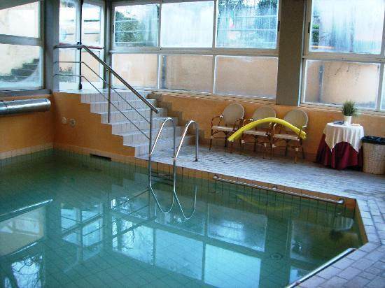 Piscina - Picture of Hotel & Terme Bagni di Lucca, Bagni di Lucca ...