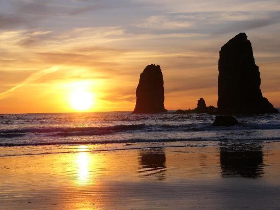 Побережье Орегона, Орегон: Oregon Coast Sunset, Arcadia Beach south of Cannon Beach